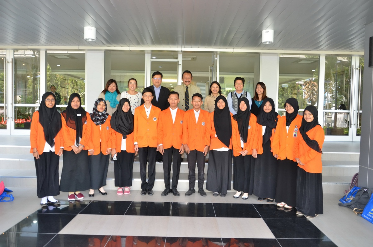 Orientation Makassar State University students at SEAMEO Secretariat, Bangkok, 26 January 2016